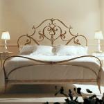 golden-trend-decorating-bedroom-furniture3.jpg