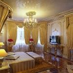 golden-trend-decorating-bedroom-details2.jpg