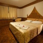golden-trend-decorating-in-style-bedroom6.jpg