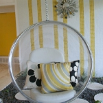 hanging-bubble-chair2.jpg