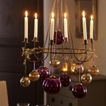 hanging-ny-decor-over-table5.jpg