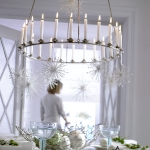 hanging-ny-decor-over-table7.jpg