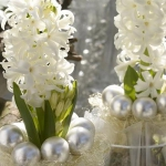 home-flowers-in-new-year-decorating3-10.jpg