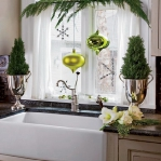 home-flowers-in-new-year-decorating4-10.jpg