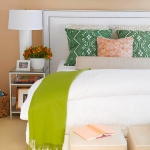 how-to-choose-nightstands-to-upholstery-headboard-color1-1.jpg