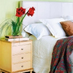 how-to-choose-nightstands-to-upholstery-headboard-color1-2.jpg
