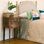 how-to-choose-nightstands-to-upholstery-headboard-color3-5.jpg
