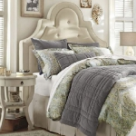how-to-choose-nightstands-to-upholstery-headboard-shape4-4.jpg