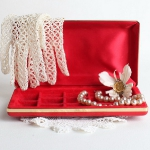 how-to-organize-jewelry-gift-box5.jpg