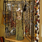 how-to-jewelry-organize-table-rack17.jpg