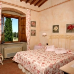 italian-houses-in-toscana2-7.jpg