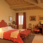 italian-traditional-bedrooms-color4-1.jpg