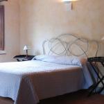 italian-traditional-bedrooms-details1-4.jpg