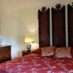 italian-traditional-bedrooms-details3-2.jpg