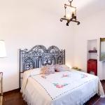 italian-villas-with-feminine-names1-20.jpg