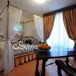 italian-villas-with-feminine-names3-14.jpg