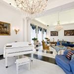 italian-villas-with-feminine-names3-7.jpg