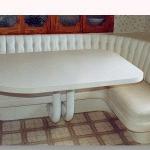 kitchen-banquette-spacious5.jpg