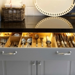 kitchen-lighting-25-practical-tips-cabinets4-1