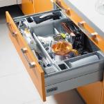kitchen-storage-solutions-drawers-dividers2-2.jpg