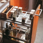 kitchen-storage-solutions-pull-out3-4.jpg