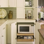 kitchen-storage-solutions-pull-out8-1.jpg