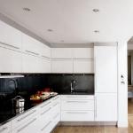 kitchen-white-plus-achromatic10.jpg