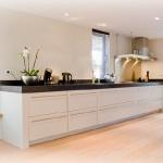 kitchen-white-plus-achromatic13.jpg