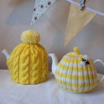 knitted-teapot-cozy-found-in-etsy3-5