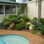 landscape-ideas-for-garden-and-yard-corners7-3
