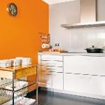 long-and-narrow-kitchen1-3.jpg