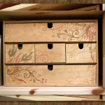 makeup-chest-fira-from-ikea-paint6.jpg