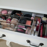 makeup-storage-solutions2-6.jpg