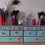 makeup-storage-solutions4-4.jpg