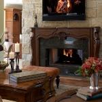 master-luxury-details-phyllis-familyroom3.jpg