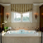master-luxury-details-phyllis-bathroom2.jpg