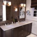 master-luxury-details-phyllis-bathroom6.jpg