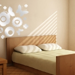 mirror-effect-stickers-design-ideas-in-bedroom6.jpg