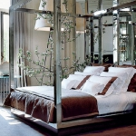 mirrored-furniture-bed8.jpg