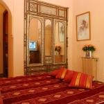 moroccan-theme-in-bedroom1-1.jpg