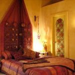 moroccan-theme-in-bedroom1-13.jpg