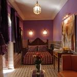 moroccan-theme-in-bedroom3-1.jpg
