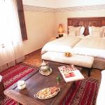 moroccan-theme-in-bedroom4-8.jpg