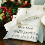 music-sheet-craft-wrapping1.jpg