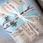 music-sheet-craft-wrapping6.jpg