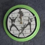 music-sheet-craft-decorating-clocks3.jpg