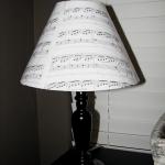 music-sheet-craft-decorating-lamps3.jpg