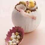new-easter-ideas-by-marta-chickens2.jpg