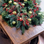 new-year-decorations-from-pine-branches1-5.jpg
