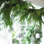 new-year-decorations-from-pine-branches2-4.jpg
